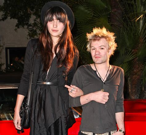 Avril Lavigne's Ex Deryck Whibley Marries After Suffering